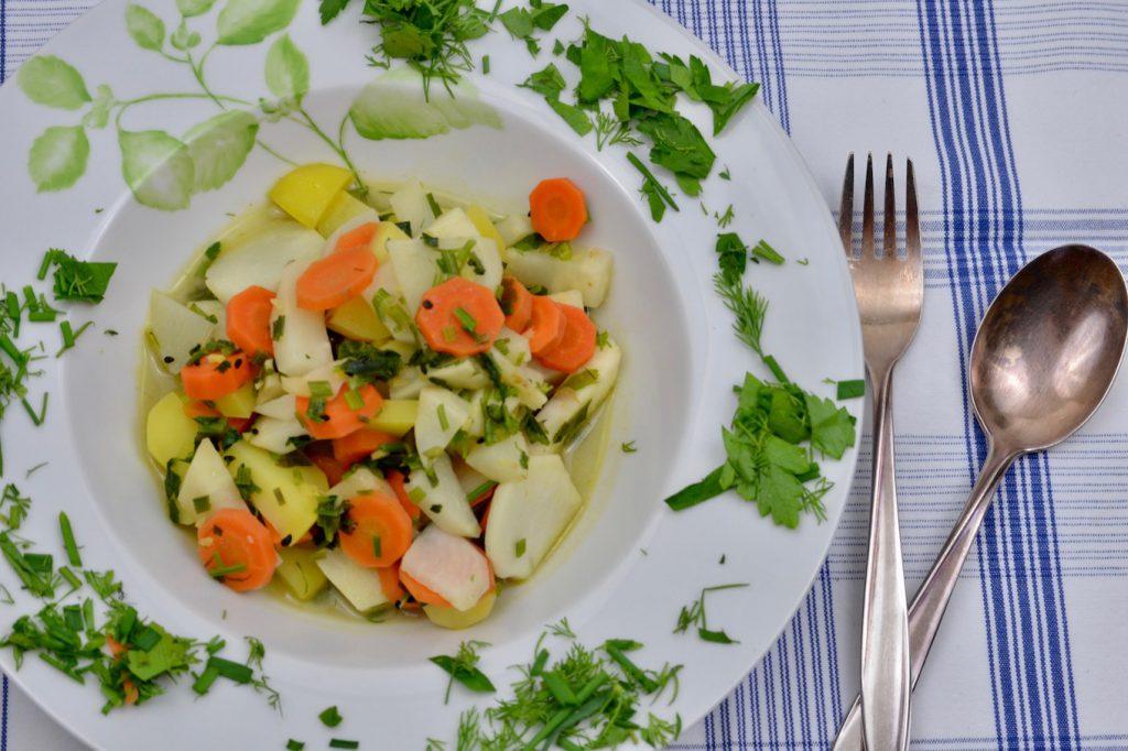Bunter Gemüse-Kräuter-Topf_2