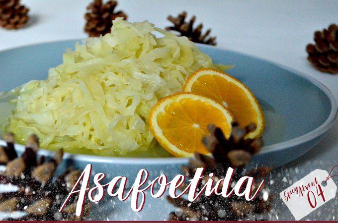 Weißkohl mit Orange und Asafoetida