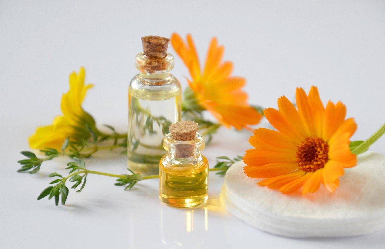 Natürliches, reines Öl für die Körperpflege